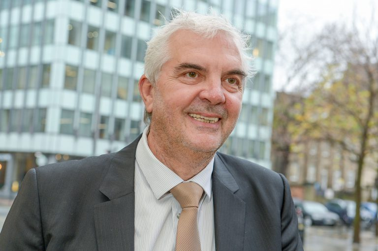 Paul Lomax photo profile